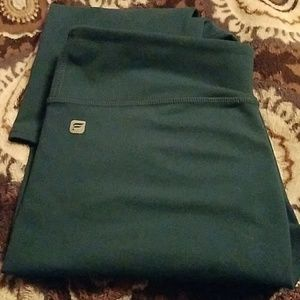 Fabletics cropped jade workout pant